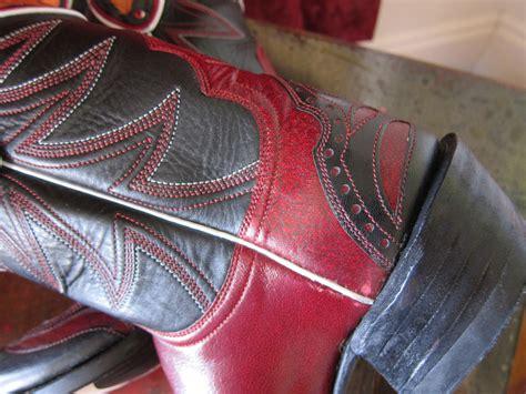 cowboy boot heel types