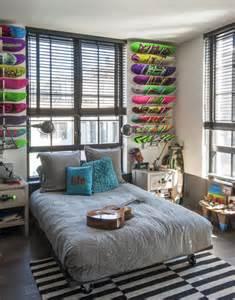 le jungenzimmer fast erwachsen einrichtungstipps f 252 r coole jugendzimmer