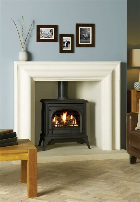 Fireplace Ideas For Stoves by 25 Best Ideas About Gas Stove Fireplace On