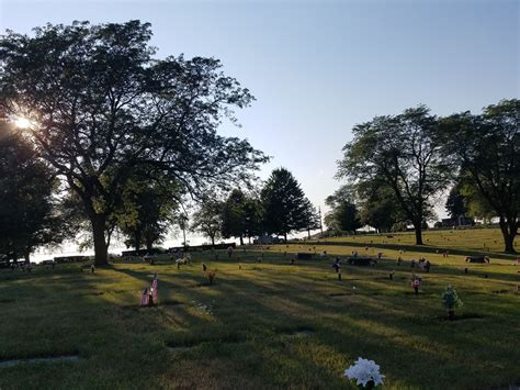 Sunset Gardens Cemetery by Sunset Memorial Gardens Cemetery Des Moines Iowa Fasci
