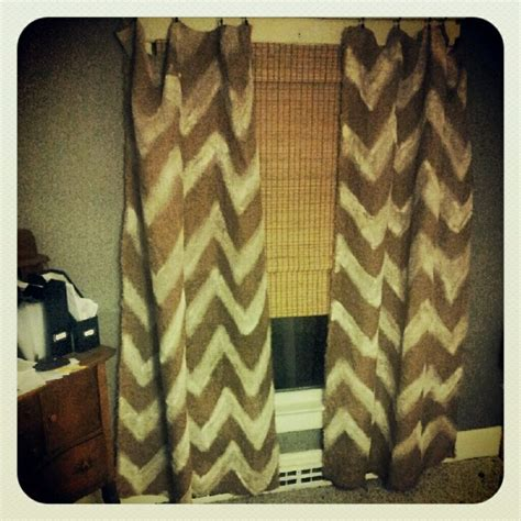 burlap chevron curtains 25 best images about re burlap curtains on pinterest