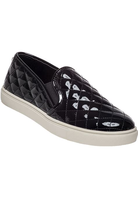 steve madden ecentrcq quilted leather slip on sneakers in