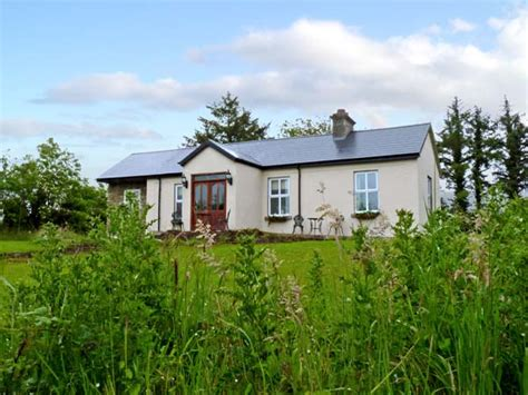 Pet Friendly Cottages In Ireland by Friendly Cottages Pet Friendly