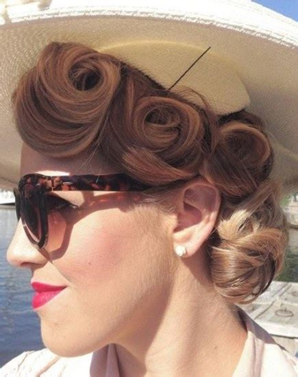 Updo Pin Up Hairstyles by 15 Pin Up Hairstyles