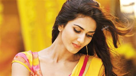 indian girl hd wallpaper 1920x1080 vaani kapoor full hd wallpaper and background 1920x1080