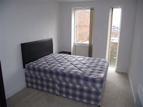 1 bedroom flat to rent in birmingham city centre 1 bedroom apartment to rent in essex street birmingham b5