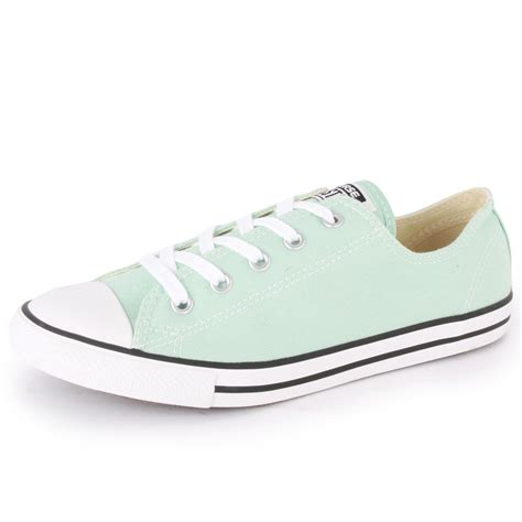 light blue converse converse chuck taylor dainty ox womens trainers light blue