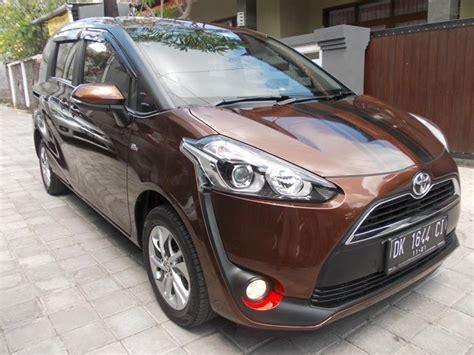 Toyota Sienta 1 5 G toyota sienta 1 5 g dual vvti manual th 2016 asli dk low