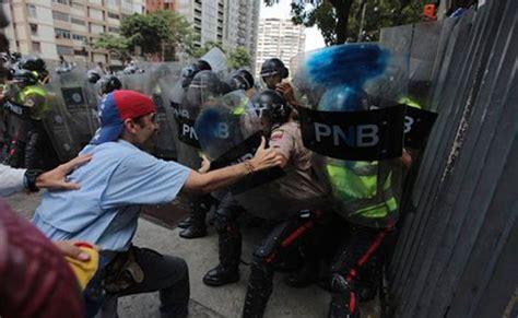 imagenes de protestas en venezuela hoy una marcha nueve heridos centenas de bombas as 237