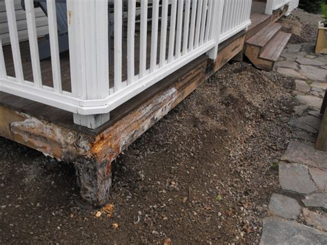 Pressure Treated Wood For Planter Boxes by Planter Box Moisture Damage Woodchuckcanuck