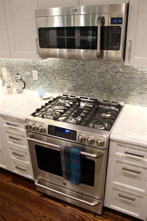 ge cafe 30 quot gas range and ge cafe microwave we d want the