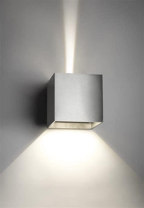point light vs spotlight lighting box lighting ideas