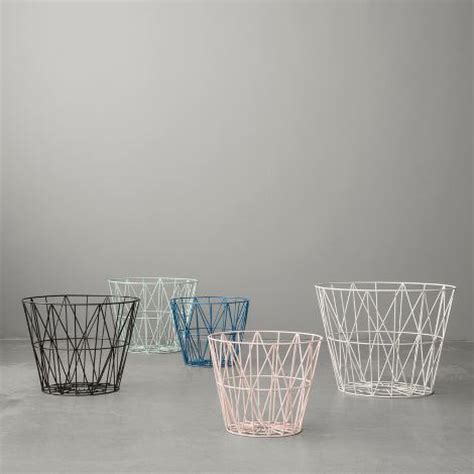 Ferm Living Korb by Leo Ferm Living Wire Basket Mint Small