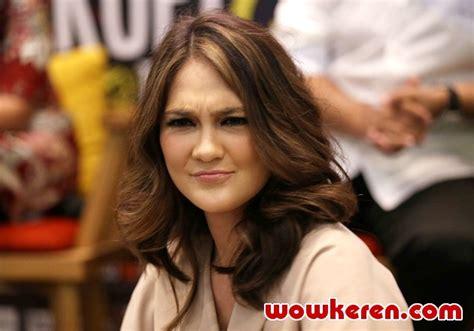 download lagu ost film filosofi kopi luna maya berita foto video lirik lagu profil bio