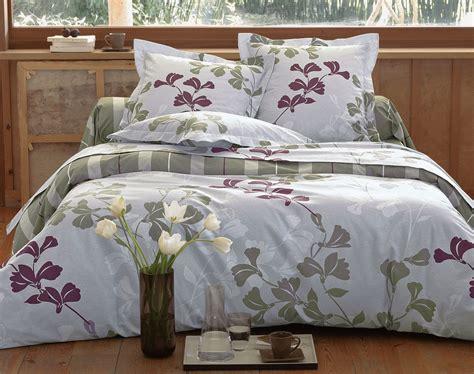 promotion linge de lit linge de lit en flanelle fleurs et rayures becquet cr 201 ation becquet