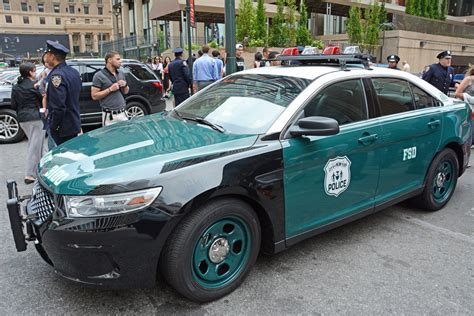 Green S Toyota Service Picture Of Nypd Car 3100 2013 Or 2014 Ford Taurus
