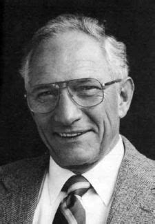 integrated circuit kilby robert noyce robert noyce this day in tech history
