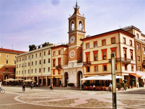 di rimini on line advantages of booking hotels in rimini italy