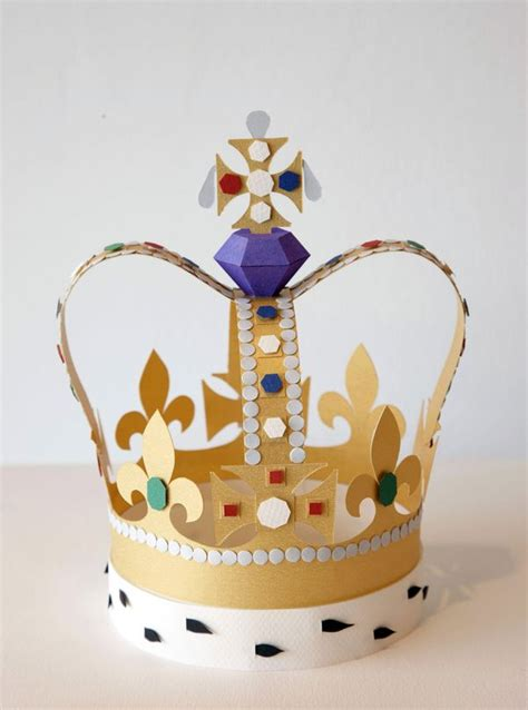 Crown Papercraft - 25 best ideas about paper crowns on crown