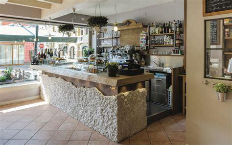 idee per arredare un bar come arredare un bar idee e consigli di esperti maculan