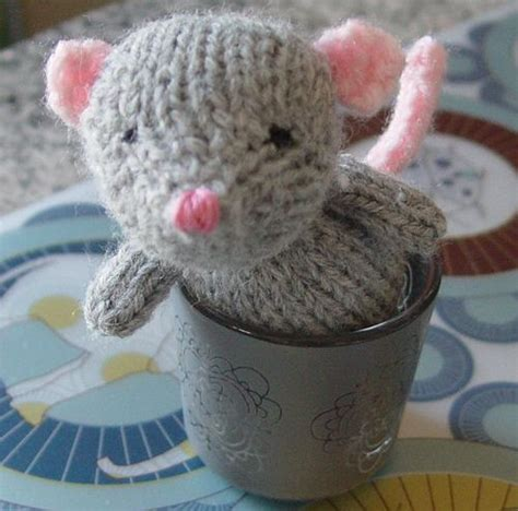 knitted mouse diy mouse amigurumi free knitting pattern tutorial