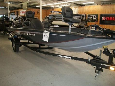 tracker boats texas tracker boats for sale in texas boatinho