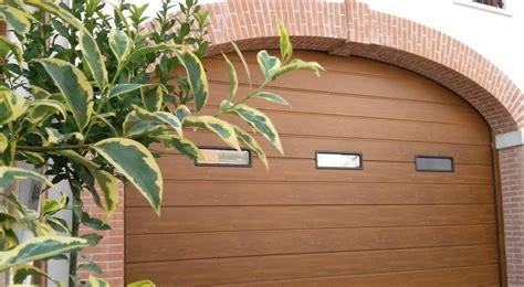 offerta finitura liscia portoni sezionali stand tecnoline spazio casa portoni sezionali e basculanti