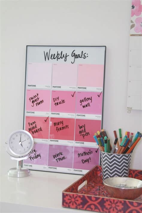 make every day a weekly planner for creative thinkers with techniques exercises reminders and 500 stickers to do books 8 more creative diy ideas for your workspace