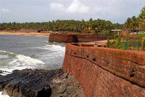Pictures Of Small Houses by Forts In Goa