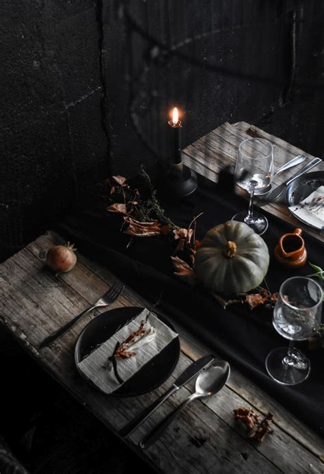 conjure   dramatic halloween table setting