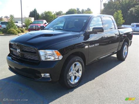 and black dodge ram 1500 2012 black dodge ram 1500 sport crew cab 53982655