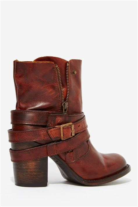 womens brown motorcycle boots best 25 women s leather boots ideas on pinterest womens