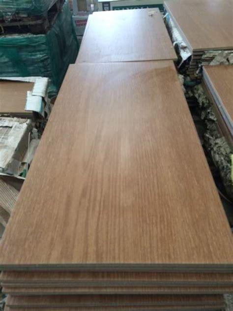 piastrella legno piastrelle gres effetto legno 30x60 stock a isorella