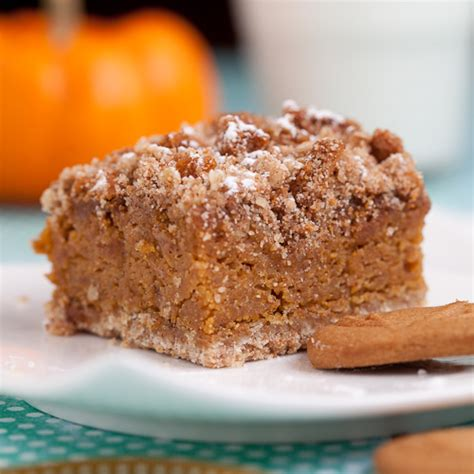 Pumpkin Bars With Crumb Topping by Pumpkin Bars With Biscoff Crumble Chew Out Loud