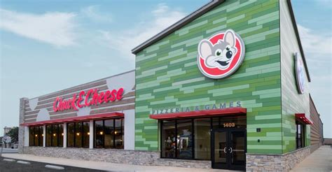 chuck  cheese unveils  design  remodeled units