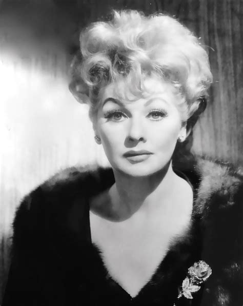 lucille ball show lucille ball the lucy show here s lucy pinterest