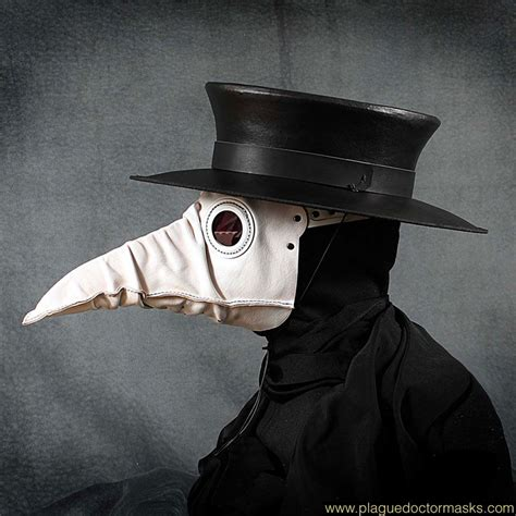 Dr Becco Venezia plague mask for sale plague doctor mask made of rumpled