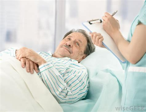 guy in hospital bed what is chronic pain syndrome with pictures