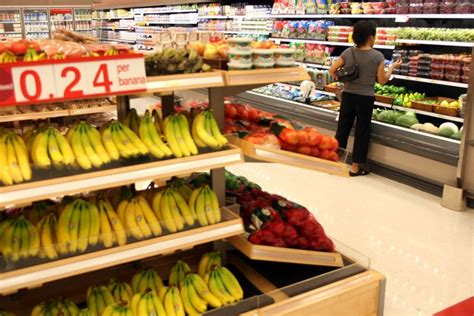 target stores expand fresh produce grocery section