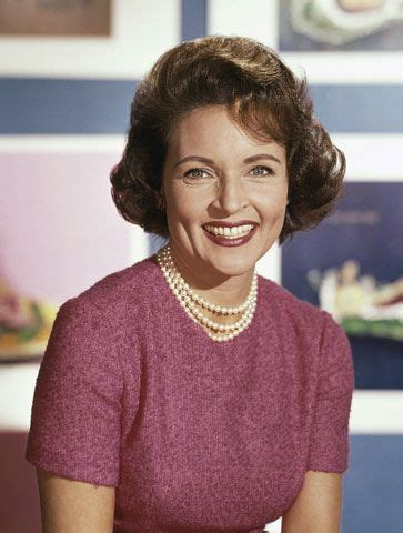 young betty white images pictures findpik betty white at 25 best ideas about betty white on pinterest betty