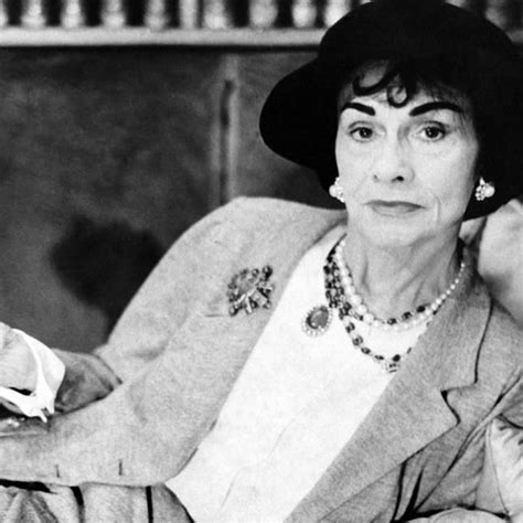coco chanel french biography best 25 coco chanel handbags ideas on pinterest chanel