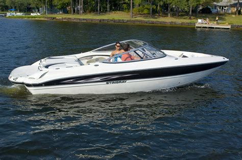 stingray boats specifications research 2013 stingray boats 225lr on iboats