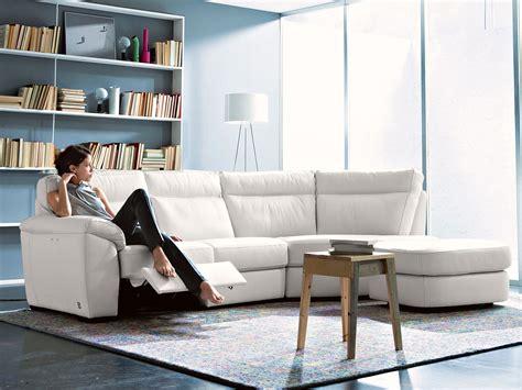 idee divani idee salvaspazio divano angolare per piccoli spazi