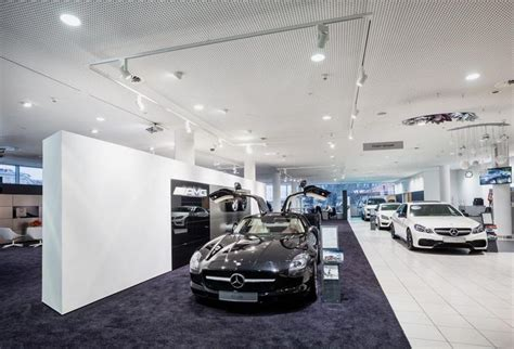 Mercedes Showroom Search Work Car Rooms