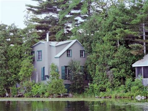 cottages for rent eastern ontario cottage rental ontario south eastern ontario newboro