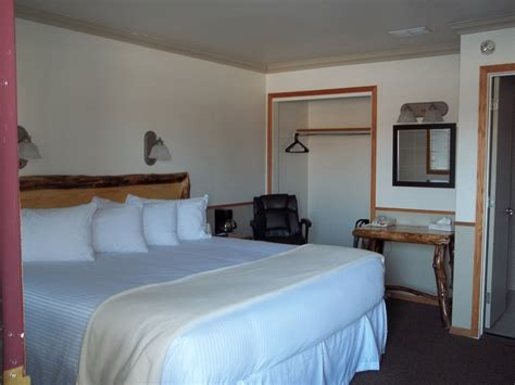 wyoming king bed pinedale wyoming motels pinedale motels sundance motel