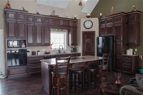 Kitchen Cabinets In Winnipeg Kitchen Cabinets Winnipeg Winnipeg And Surrounding Area M G Cabinets