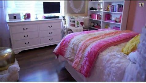 Bethany Mota Room Tour by Bethany Motas Room New Room Shelves The