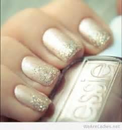 Salon gold nail design