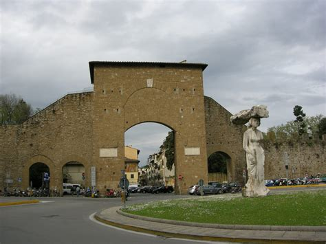 porta romana firenze file porta romana firenze esterno jpg wikimedia commons